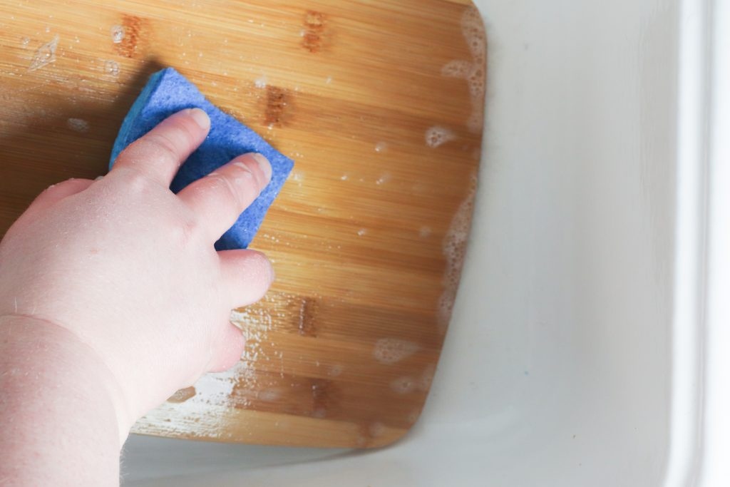 Deep Clean Your Cutting Board with Lemon